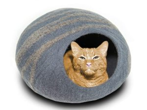 Each cat cave is carefully handcrafted from 100% all-natural wool by artisans in Nepal. Using an ancient fabrication technique called felting, every cat bed is individually molded using only soap, water, and pressure.